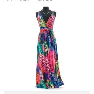 Pyramid Collection Ophidion Maxi Dress